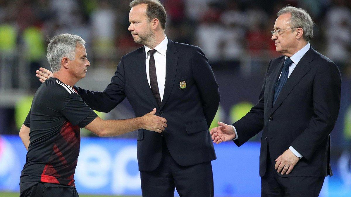 Chủ tịch Perez luôn mở rộng cửa đón Mourinho trở lại