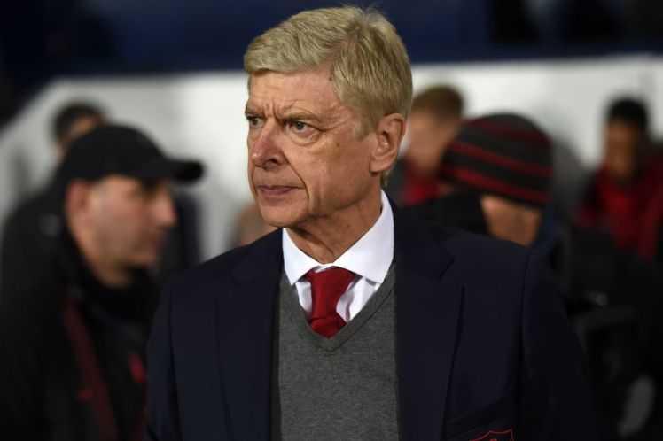 Câu chuyện thể thao: Phá kỷ lục của Sir Alex Ferguson để làm gì, Wenger?
