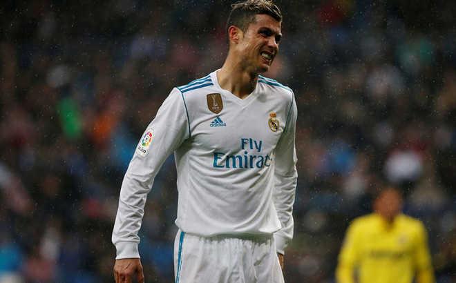 Câu chuyện thể thao: Rốt cuộc Ronaldo cũng chỉ là quân cờ của Florentino Perez