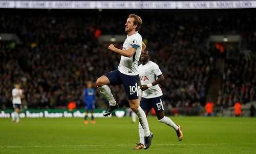 Harry Kane chói sáng, Tottenham vượt qua vòng ba Cup FA