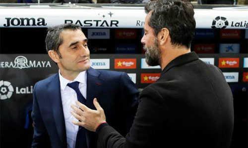 Valverde chúc mừng chiến thắng của Espanyol