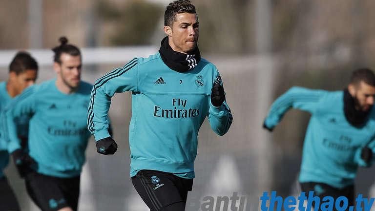 Ronaldo nói rằng chỉ có vô địch Champions League mới giúp Real thoát khỏi khủng hoảng
