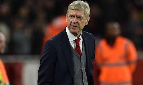 Wenger không hài lòng về bình luận của Henry