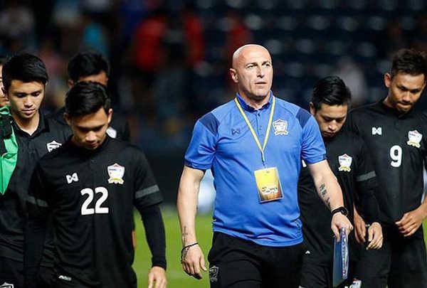 Ra về trắng tay, HLV U23 Thái Lan mong U23 Việt Nam tiến sâu hơn