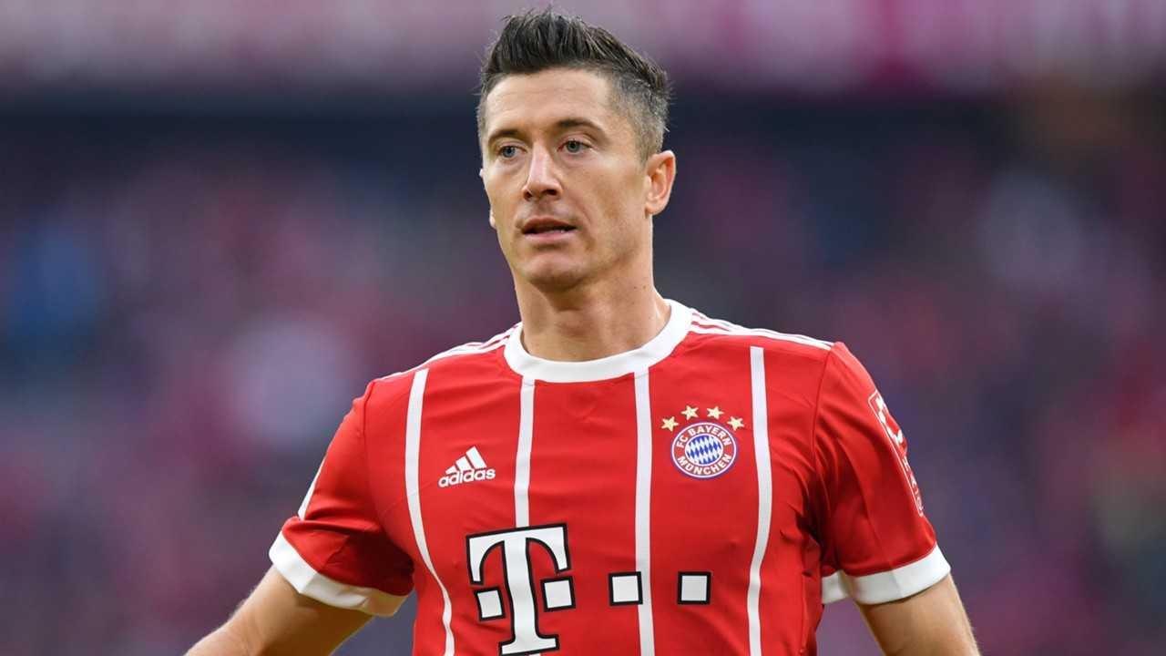 Lewandowski muốn rời Bayern để sang Real Madrid. Mourinho khẳng định không có vấn đề gì với Pogba