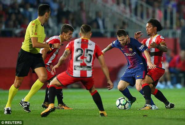 Barca gia tăng cách biệt với Atletico sau trận derby Catalonia?
