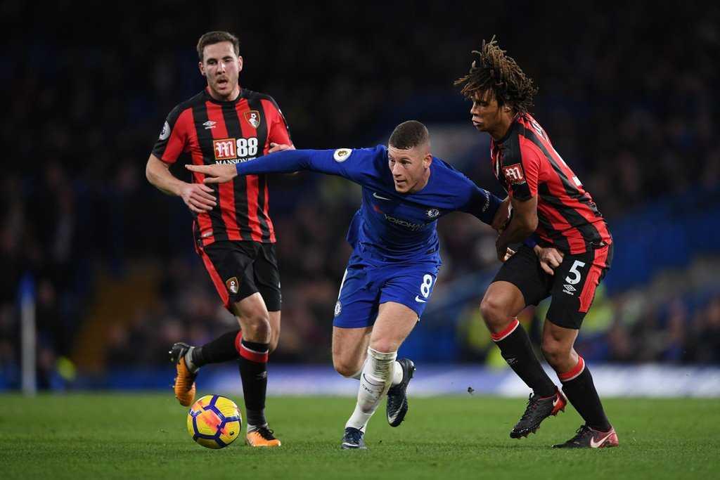 Chelsea thảm bại trước Bournemouth trong ngày đón Giroud