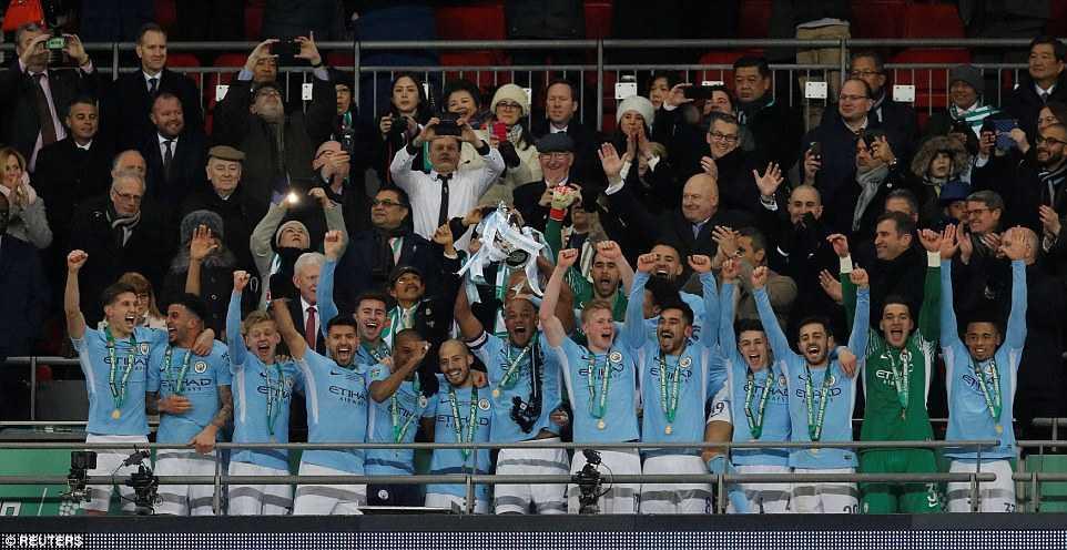 Man City hủy diệt Arsenal, Pep có danh hiệu đầu tiên tại Anh