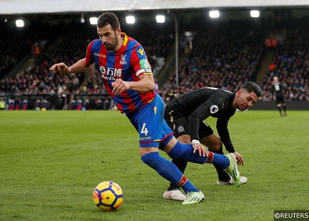 Crystal Palace chơi tốt trên sân nhà
