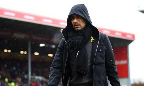 Guardiola không trách Sterling vì pha bỏ lỡ cơ hội khó tin