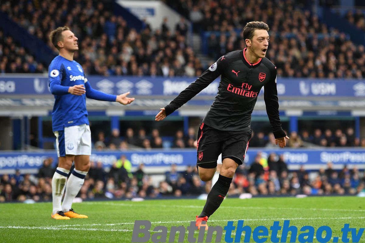 Arsenal vs Everton đêm nay 4/2/2018 Ngoại Hạng Anh