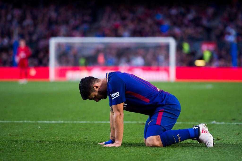 Khó tin Barca không có cú sút nào trúng khung thành