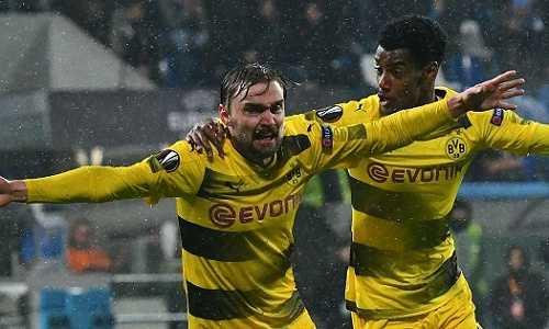 """Dortmund đi tiếp ở Europa League trong trận """"thủy chiến"""" với Atalanta"""