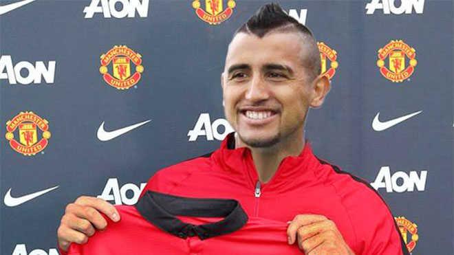 Vidal trên đường đến Old Trafford, Juve hỏi mua Martial