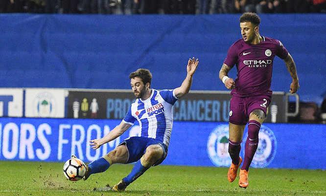 Wigan tạo cú sốc, đá bay Man City khỏi FA Cup