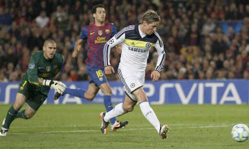 Carles Puyol cảnh báo Barca về cơn địa chấn năm 2012