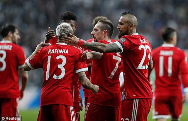 Đại thắng sau hai lượt, Bayern Munich hiên ngang vào tứ kết C1