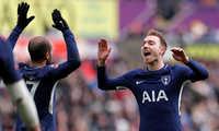 Eriksen tỏa sáng, Tottenham vào bán kết Cup FA