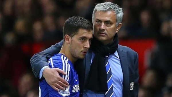 """HLV Mourinho: Kẻ thù của các """"nghệ sĩ""""?"""