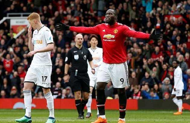 Trút bỏ gánh nặng, dàn sao Man Utd hạ gục Swansea