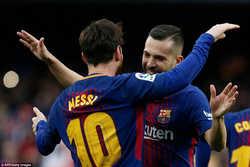 Messi vẽ siêu phẩm, Barcelona nhẹ nhàng hạ Atletico