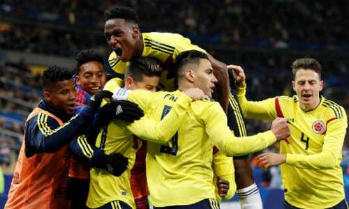 Dẫn trước 2 bàn, Pháp vẫn để thua ngược Colombia