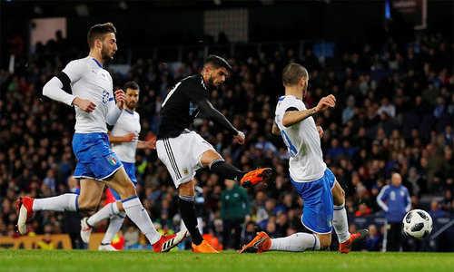 Argentina giành chiến thắng trước Italy trong ngày Messi và Aguero ngồi ngoài