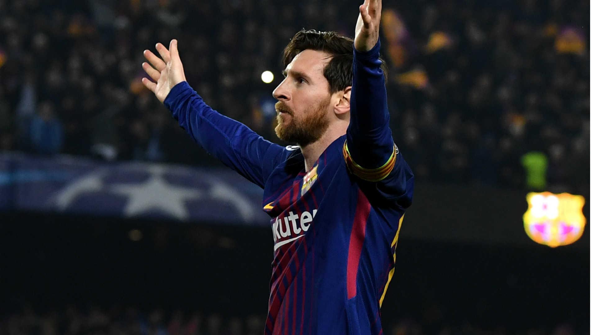 Chấn thương của Messi không có gì nghiêm trọng. Man City chuẩn bị gia hạn hợp đồng với Sterling