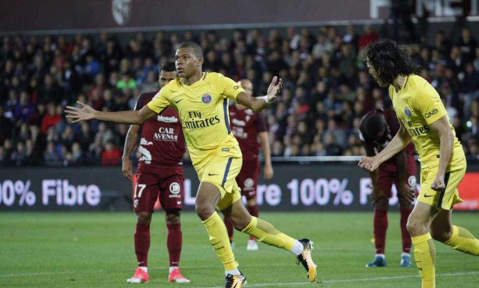 Dù vắng Neymar và Cavani, nhưng PSG vẫn quá mạnh so với Metz