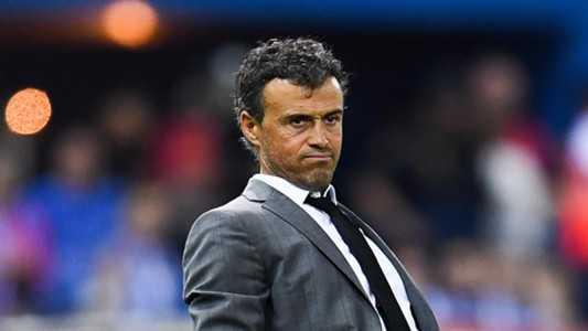 Luis Enrique đạt được những thỏa thuận với Chelsea. Alderweireld không còn nằm trong kế hoạch của Pochettino
