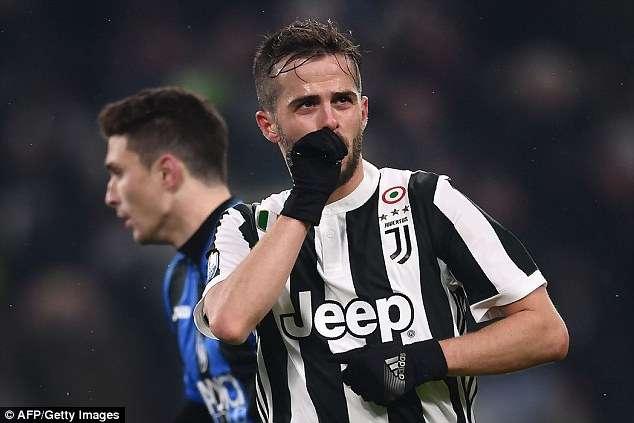 Giống như mùa trước, Juventus tiếp tục nuôi mộng ăn 3