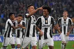 Đánh bại Napoli, Juventus tiến gần đến Scudetto