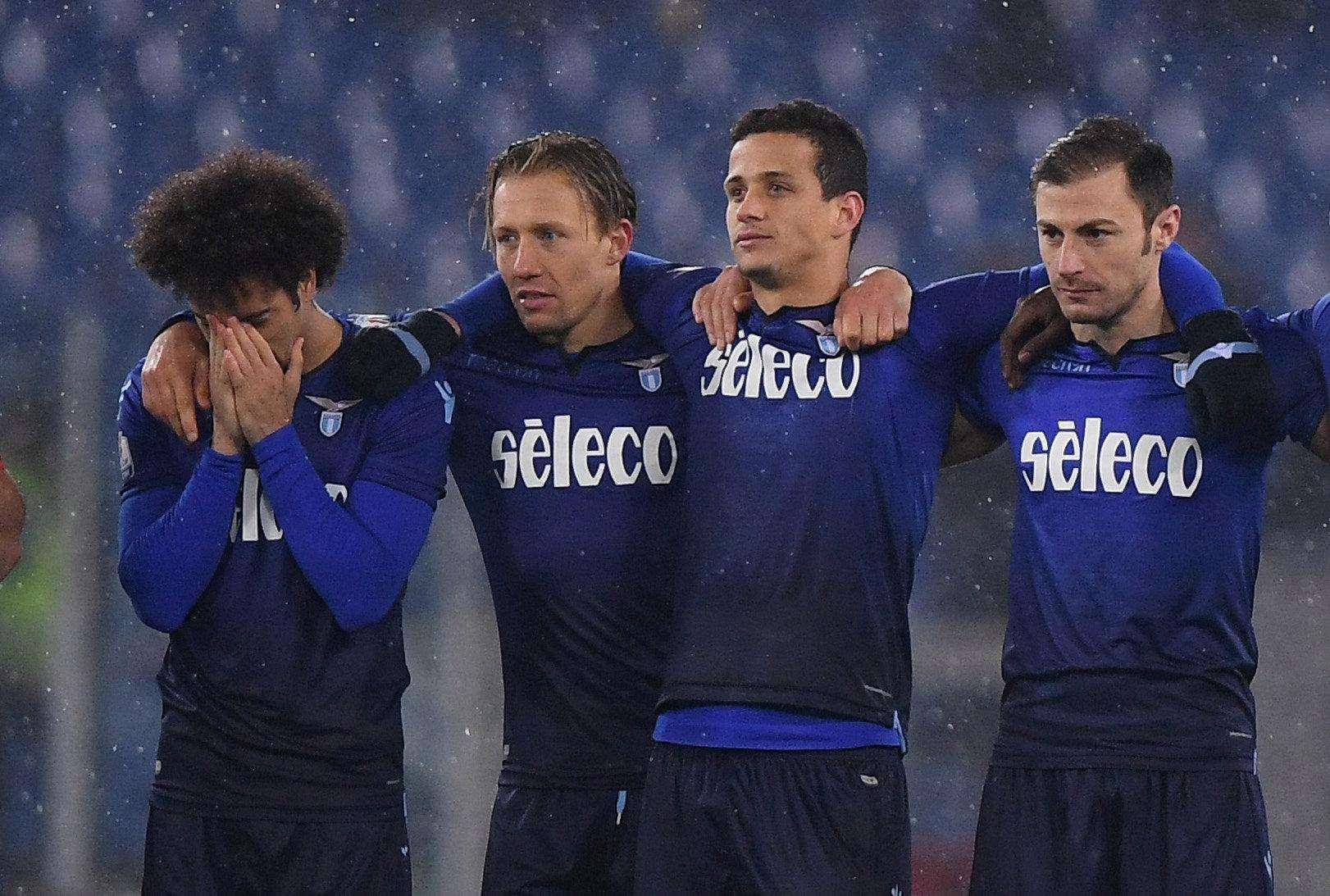 Lazio đang thua kém Juve về thể lực và tâm lý