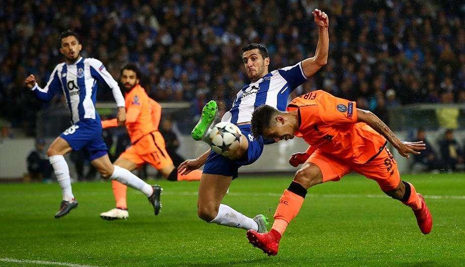 Roberto Firmino đã ghi bàn ở lượt đi