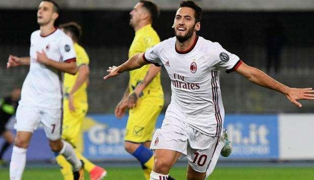 Lượt đi Chievo đã thua đậm AC Milan 1-4 ngay trên sân nhà