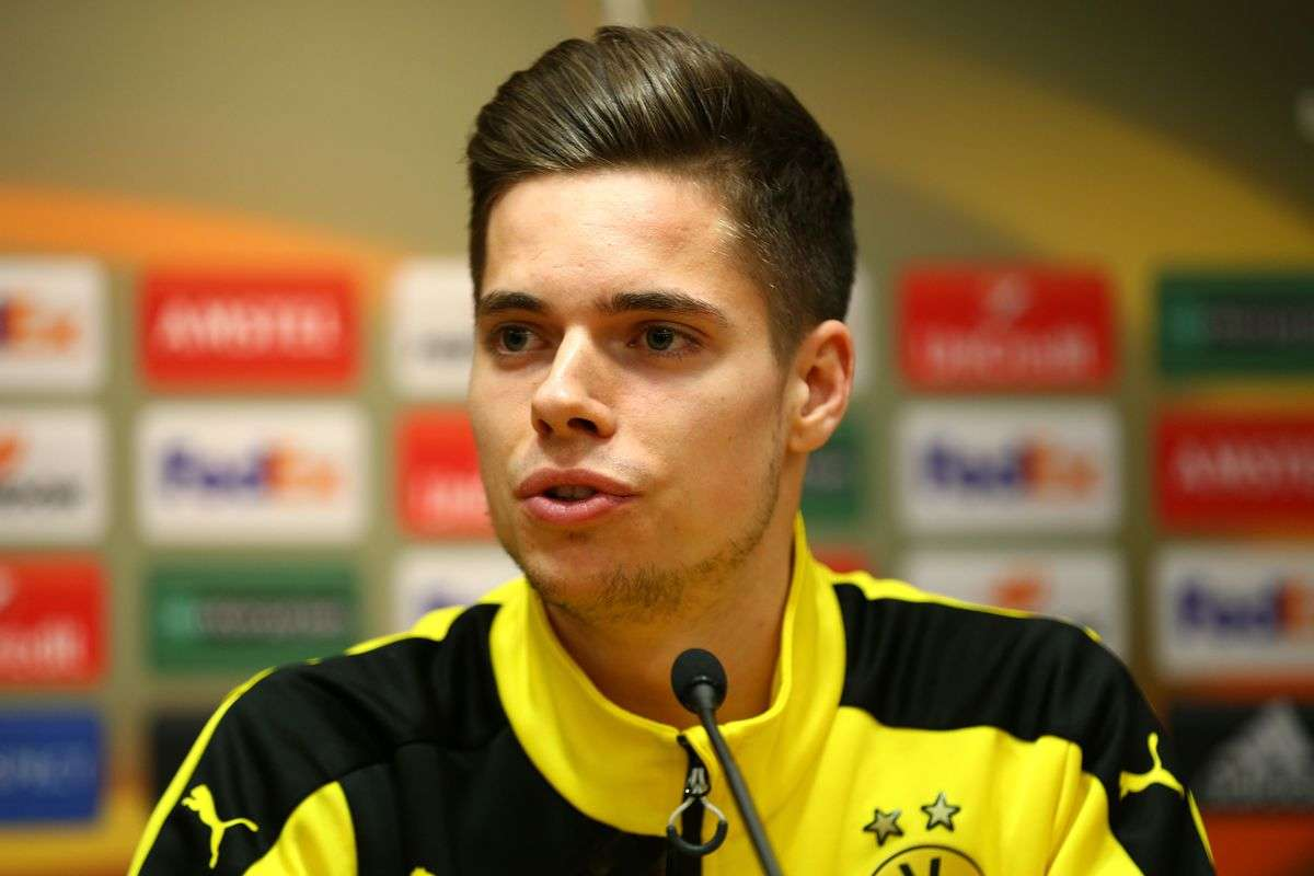 Man City theo đuổi Julian Weigl