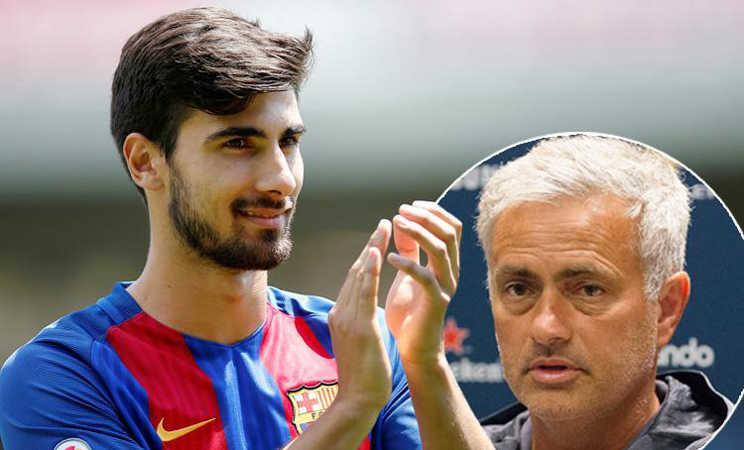 """MU """"hốt"""" liền 3 sao Barca, Conte bị học trò chỉ trích"""
