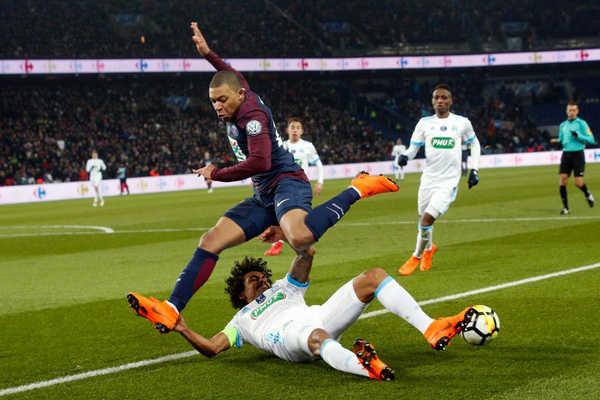 PSG nhận thêm cú sốc trước thềm trận gặp Real