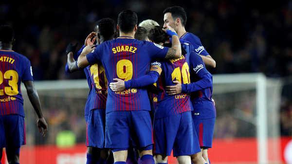 """Những """"đối tác ngầm và khủng"""" sát cánh cùng Barca"""