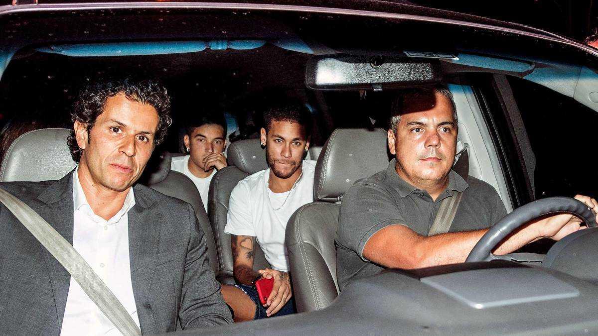 Neymar làm loạn, PSG quyết phá đám MU