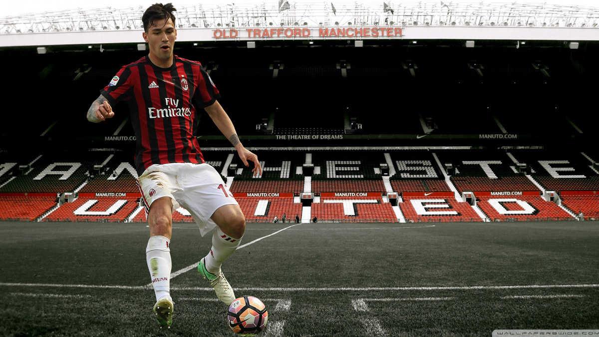 MU tậu sao Milan, Pep Guardiola phá đám MU
