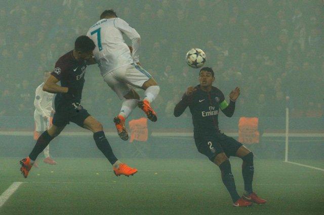 Ronaldo đánh đầu mở tỷ số cho Real
