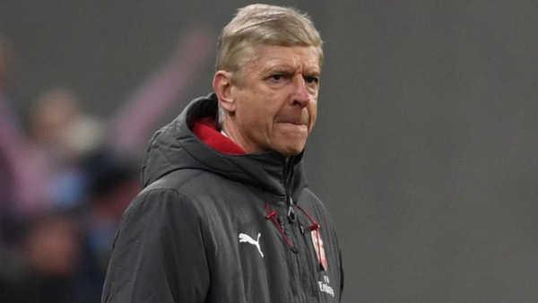HLV Wenger không quan tâm đến chuyện mất việc ở Arsenal