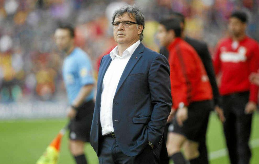 HLV Martino từng thất bại trong việc dẫn dắt Barca