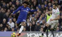 Chelsea thắng nhẹ thu hẹp khoảng cách với Liverpool