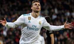 C.Ronaldo lập nhiều hat-trick nhất trong lịch sử các giải bóng đá châu Âu