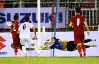Thủ thành Văn Lâm dính chấn thương, nghỉ thi đấu ở vòng 4 V-League