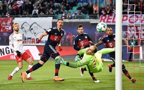 Wagner đưa Bayern vượt lên từ rất sớm