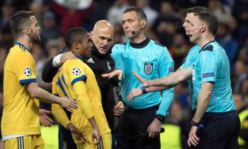 Chilavert ám chỉ mafia nhúng tay vào kết quả trận Real Madrid - Juventus