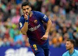 Thắng Valencia, Barca tạm quên nỗi buồn Champions League